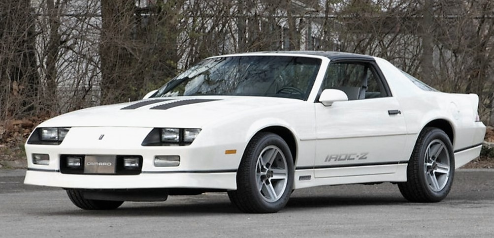 A 1987 IROC Z28 with 320 miles sold for a strong $32,000 | Mecum Auctions