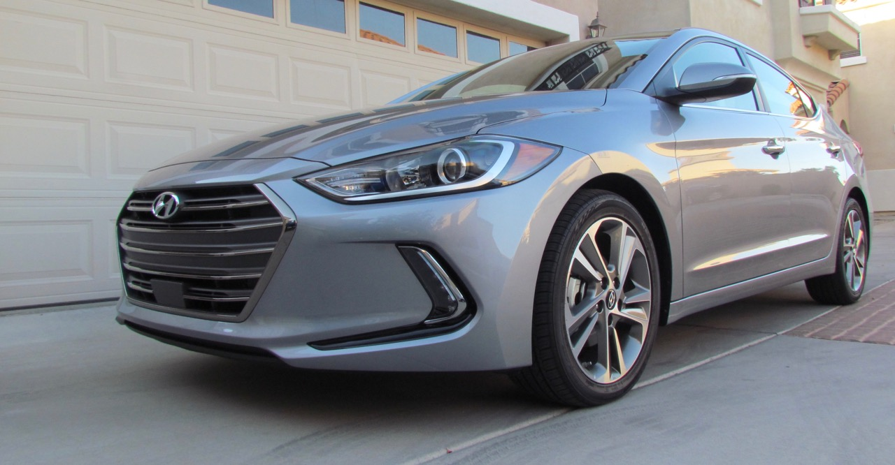 2017 Hyundai Elantra styled to look fast even when parked | Larry Edsall photos
