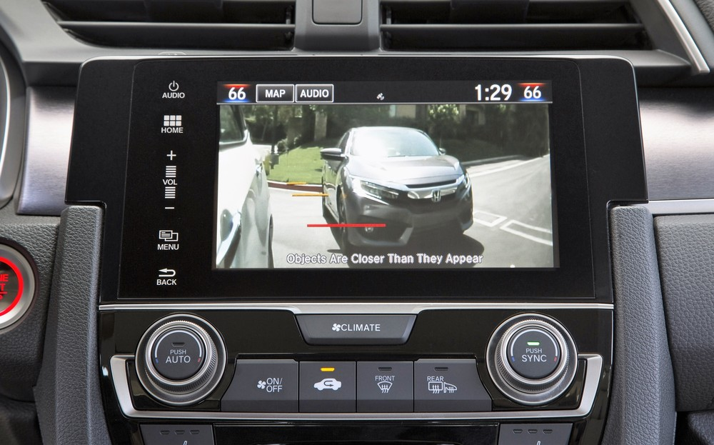 LaneWatch shows on the video screen what's driving on your right | Honda