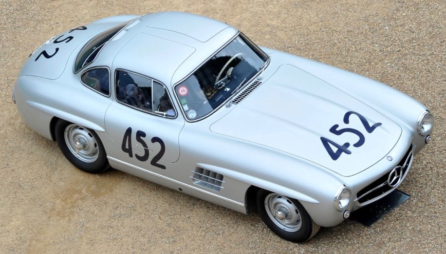 Early-production 1955 'gullwing'