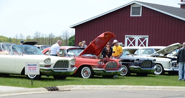 Chrysler 300 Letter Cars gather at the Gilmore Car Museum | Larry Nutson photos