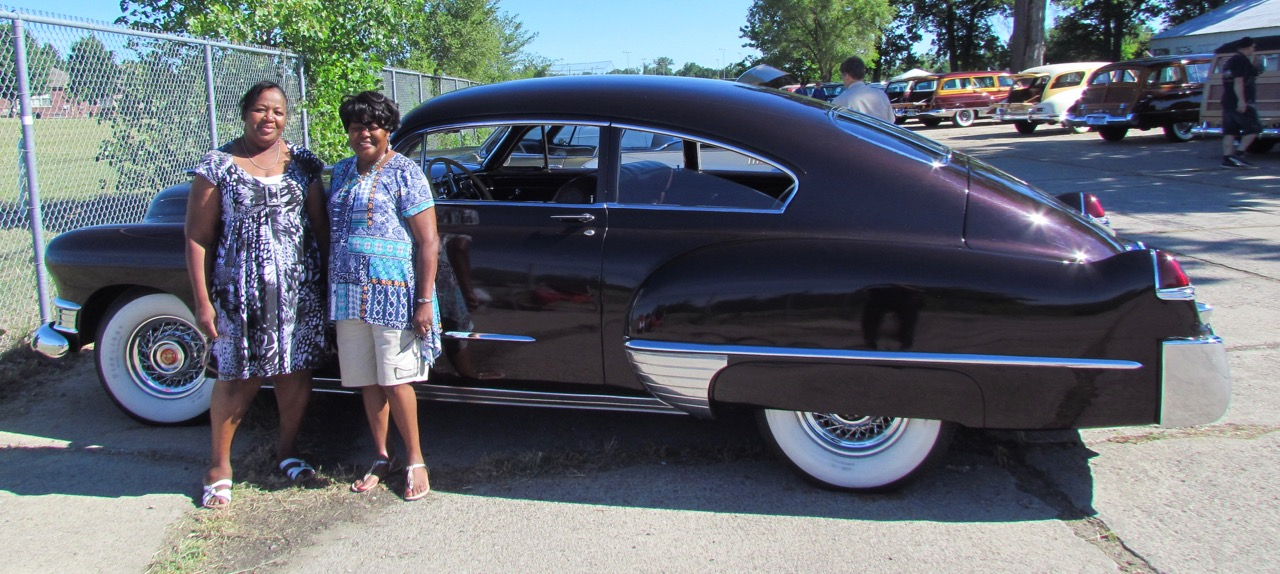 Elsie Wallce, her sister Laverne Harper and their father's 1949 Cadillac
