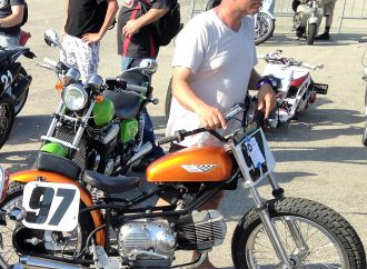 Faces at the Races: Vintage motorcycles at Road America