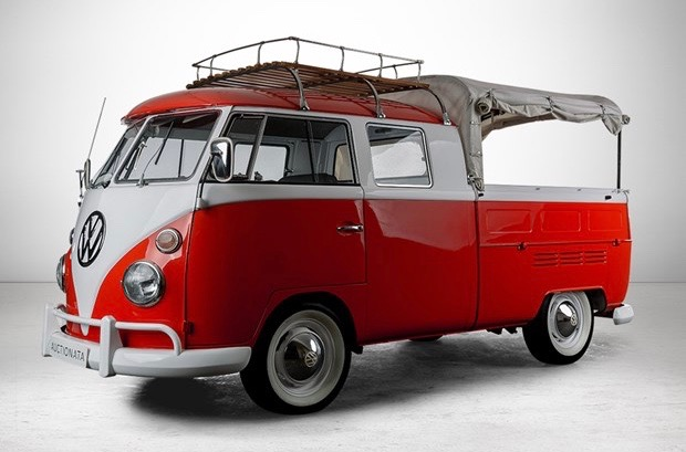 1966 Volkswagen T1 crew cab on Auctionata docket | Auctionata photos