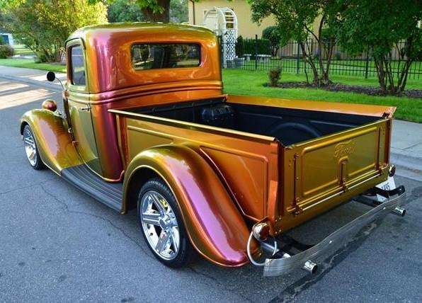 865669_24144208_1935_Ford_12+Ton+Pickup