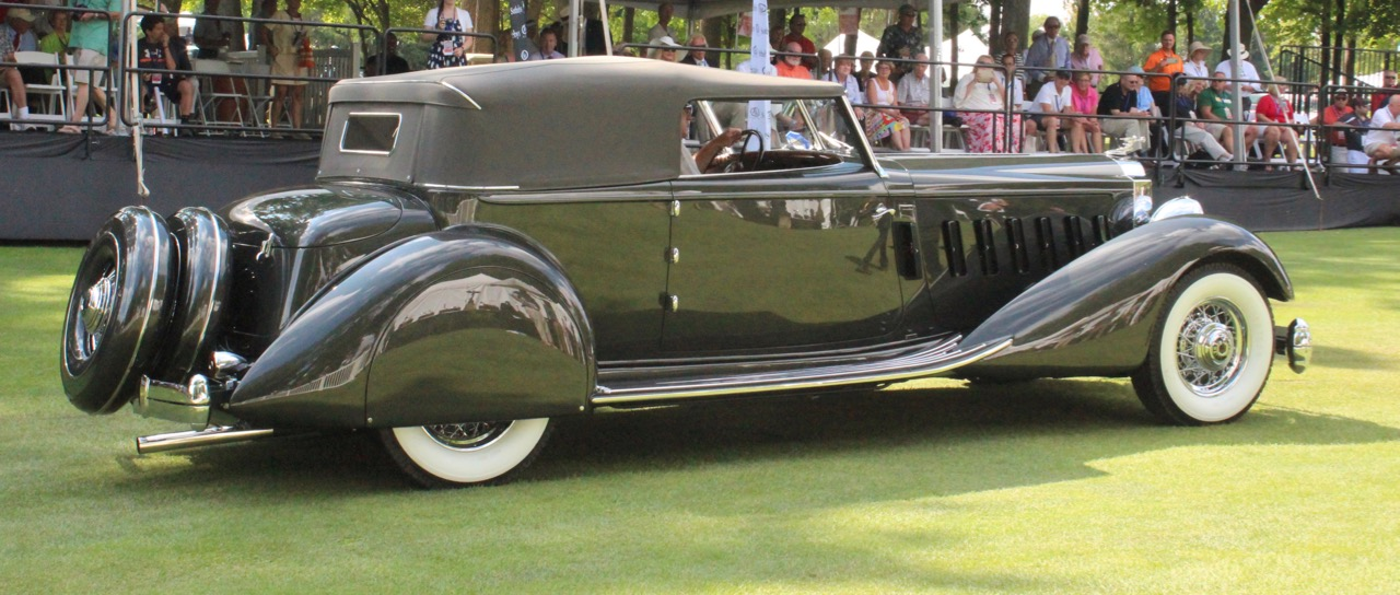 Cassinis' Packard judged best American entry