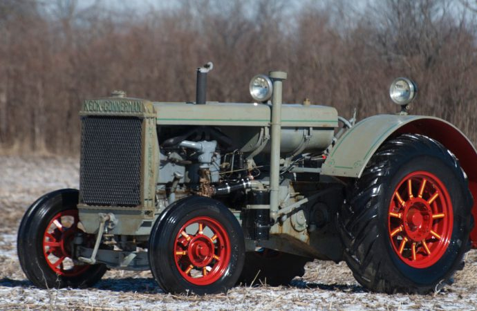 Summer Showcase sale offers 175 vintage tractors