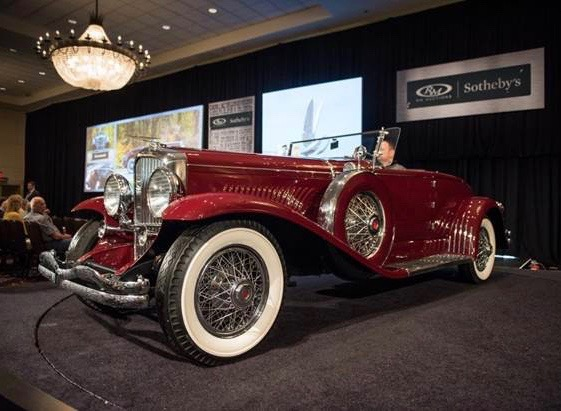 College gets $1.54 million from sale of Duesenberg | RM Sotheby's photos by Darin Schnabel