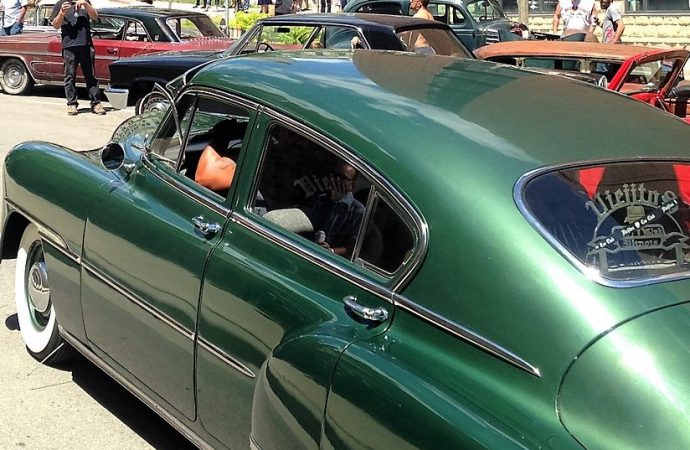 Not fade away: Milwaukee festival celebrates '50s car culture