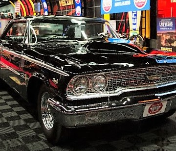 Vintage Ford muscle heads $11 million Mecum auction
