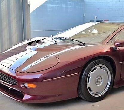 'Time warp' Jaguar XJ220 at Russo and Steele auction in Monterey