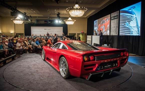Saleen S7 sold with only 300 miles on its odometer