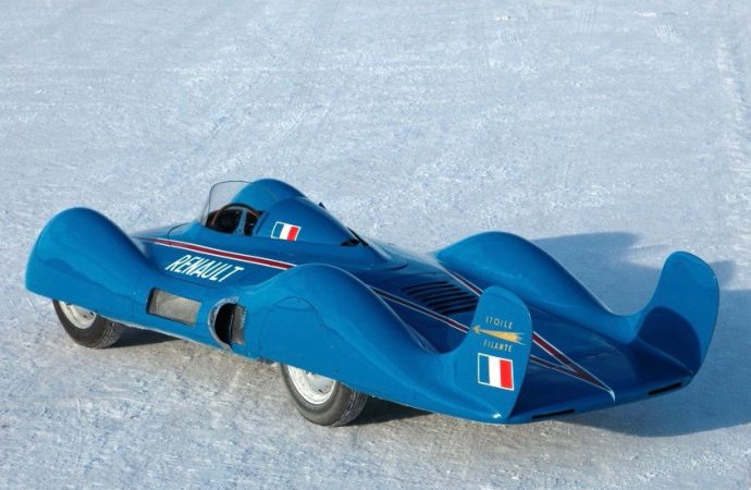 Renault returns to Bonneville with Etoile Filante and Dauphine