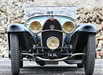 Stunning 1932 Bugatti Type 55 Roadster set for Gooding auction
