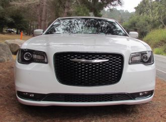 Driven: 2016 Chrysler 300S