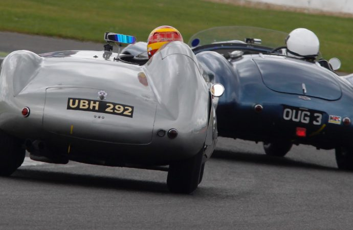 Silverstone celebrates auto anniversaries and vintage racing