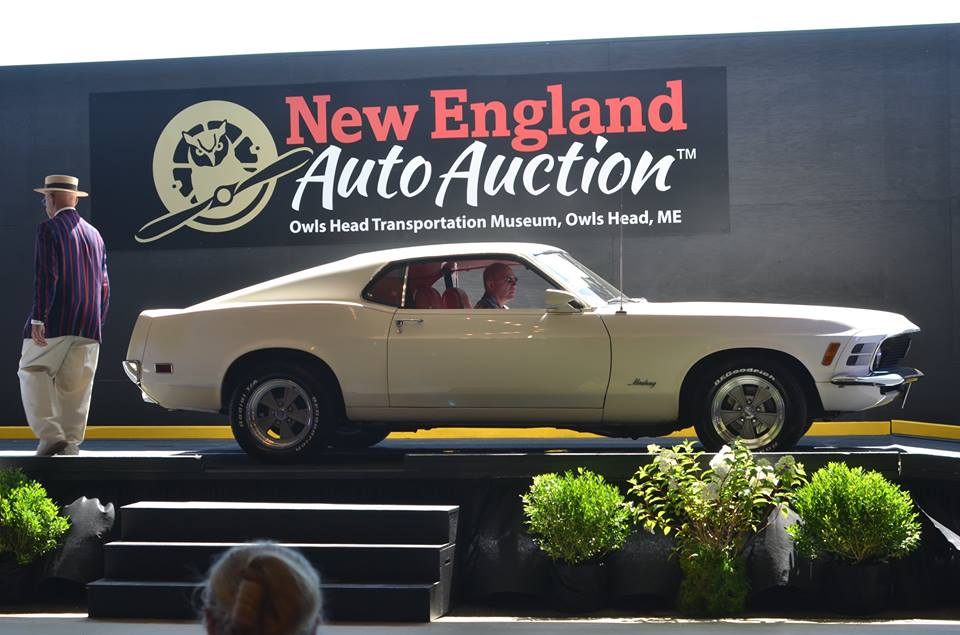 stagecoach tops new england auto auction. Black Bedroom Furniture Sets. Home Design Ideas