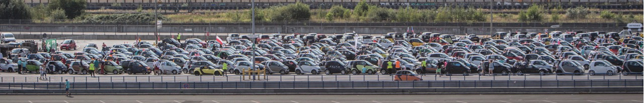 1,635 smart cars show up for gathering in Germany