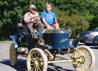 Cooperating museums, sunken automotive treasure