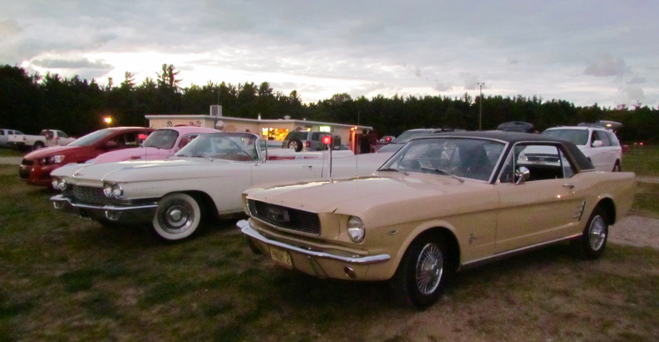 VW, Caddy and classic Mustang awaiting the start of the movie