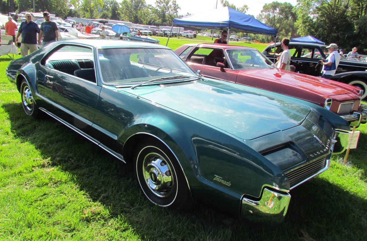 Out selection in GM category was this 1966 Olds Toronado