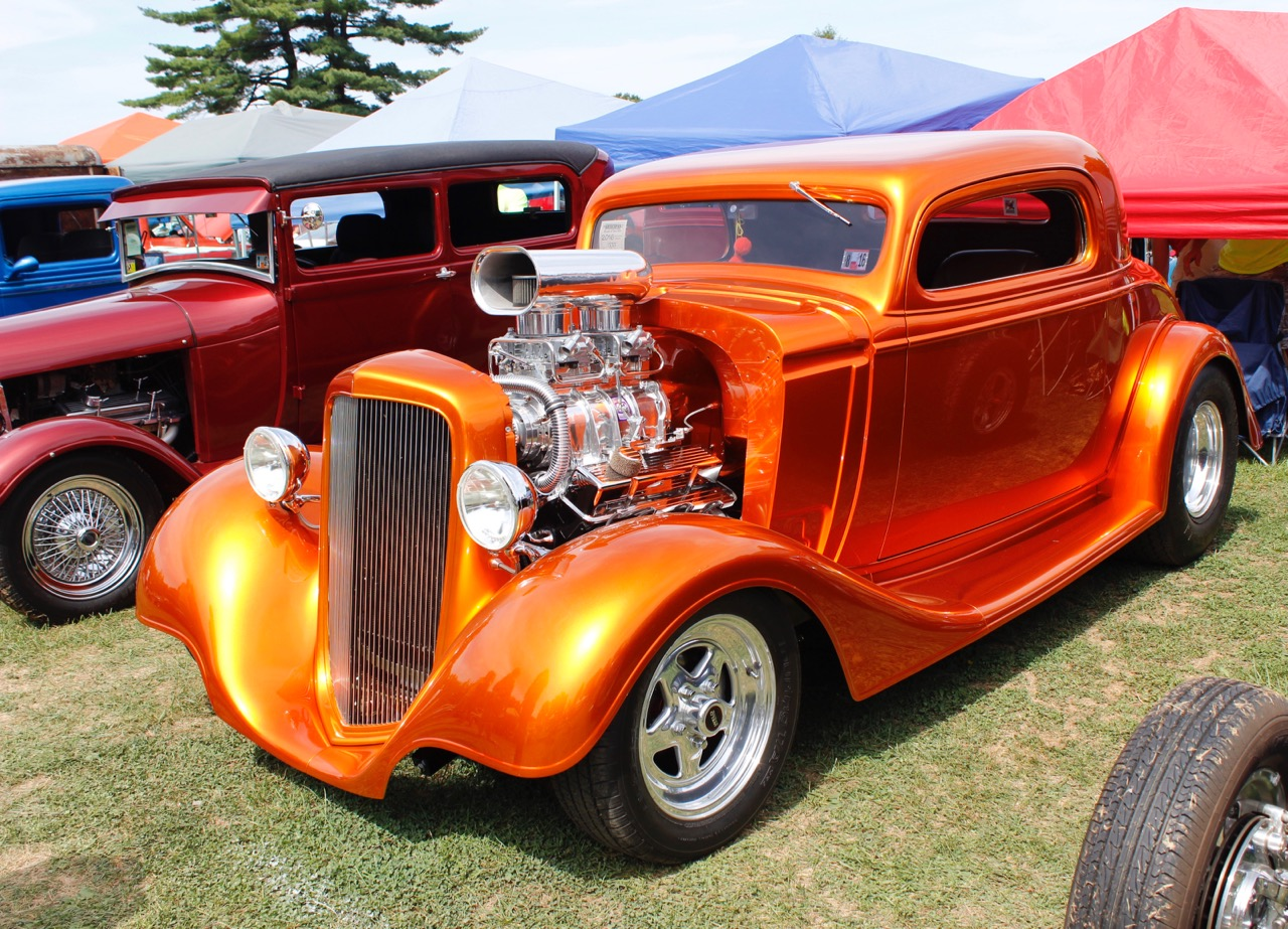 Kenny Gruber's 1934 Chevrolet glows under sunny skies at Wheels of Time show | Jed Rapoport photos