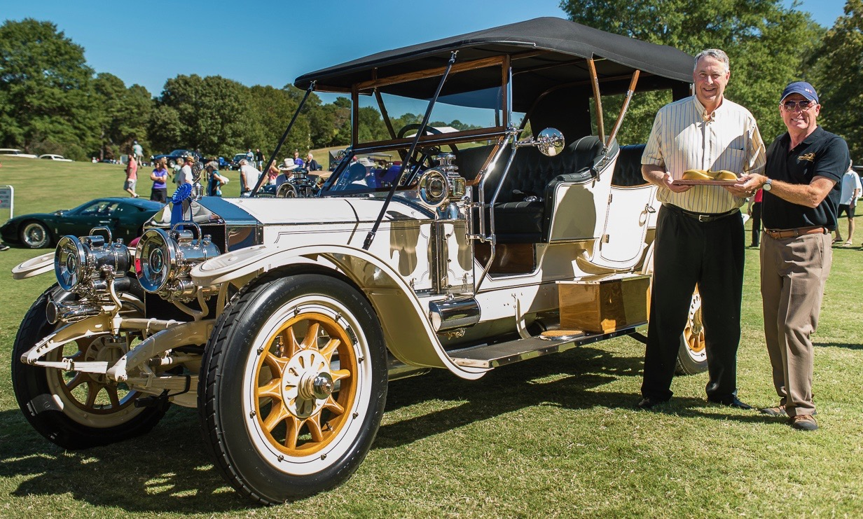 DeNean Stafford III accepts Best of Show award from honorary head judge Keith Martin | Atlanta concours photo