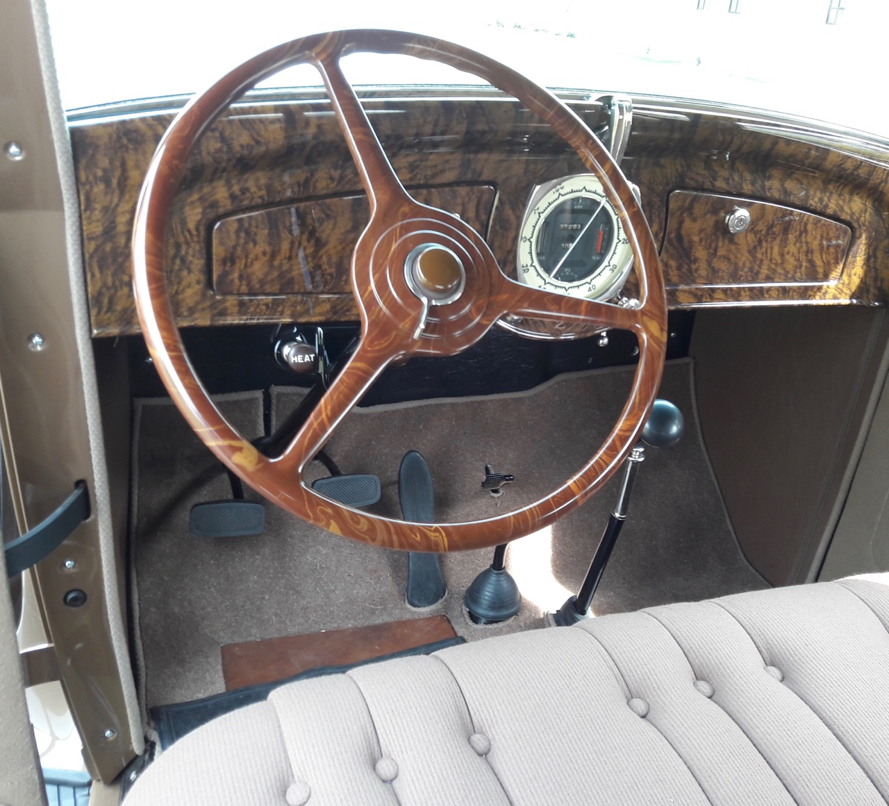 Restoration of the steering wheel is a story in itself