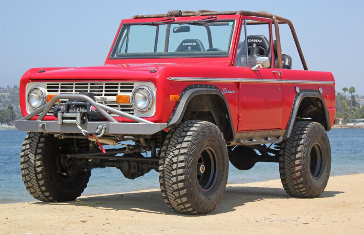 2509956-1972-ford-bronco-std