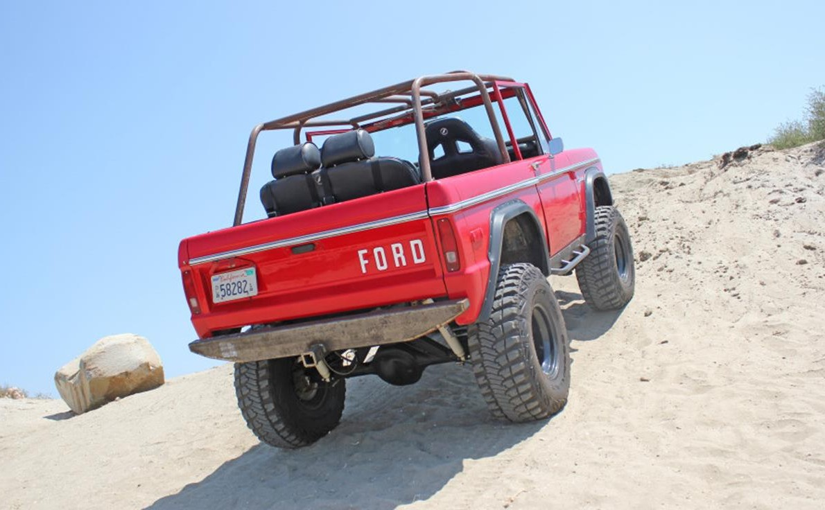 2510011-1972-ford-bronco-std