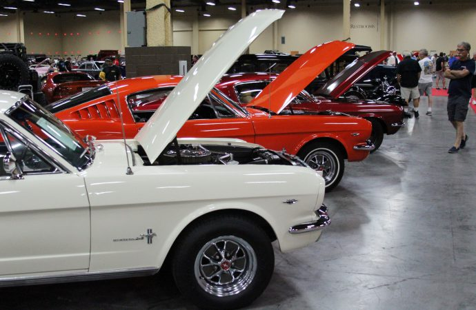 Window shopping with Nicole: Star cars and over-the-top builds at Barrett-Jackson Las Vegas