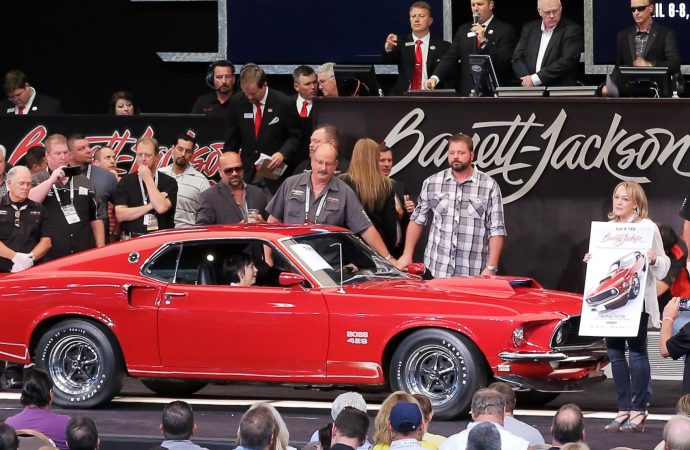 Barrett-Jackson raises the stakes at Las Vegas auction