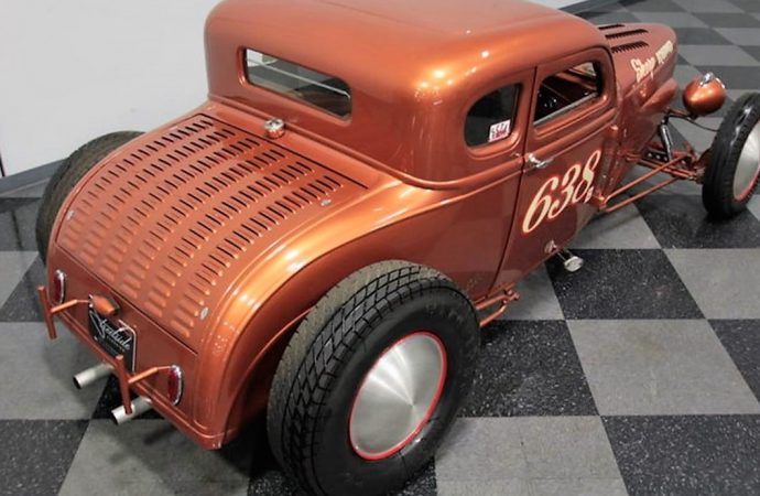 1930 Ford speed-record-style street rod