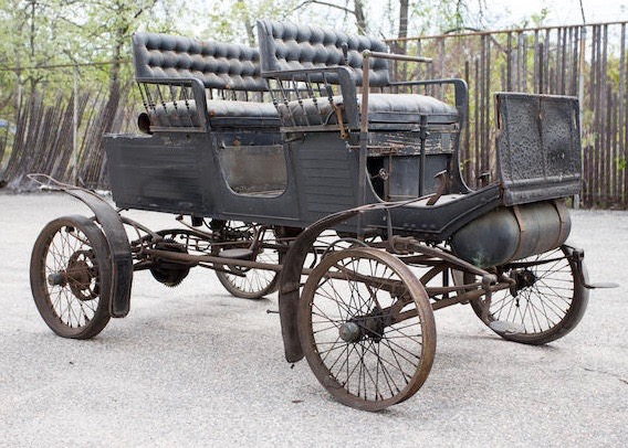 Steam-powered 1901 Locomobile Style S was top seller at the auction