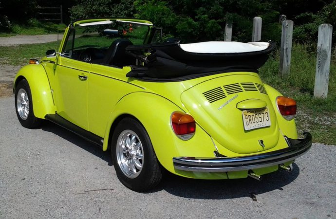 My Classic Car: Scott's 1973 Volkswagen Super Beetle