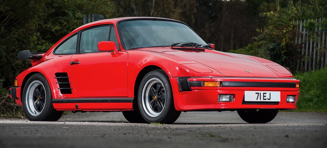 1989 Porsche 930 Turbo 'flatnose' sells for $252,000