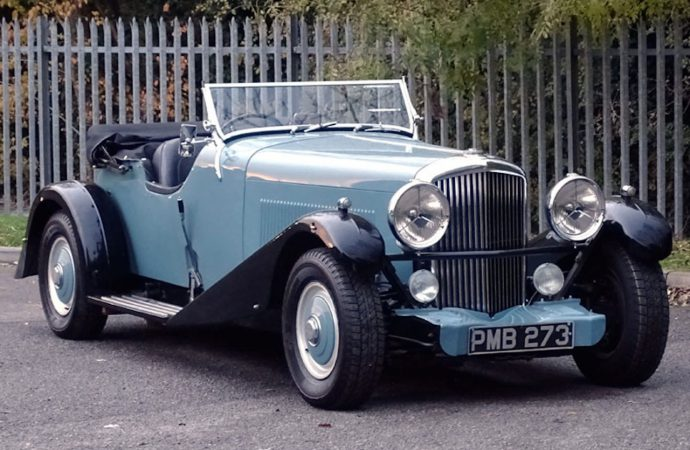 Bentley inspired by 'Scalded Cats' heads to auction