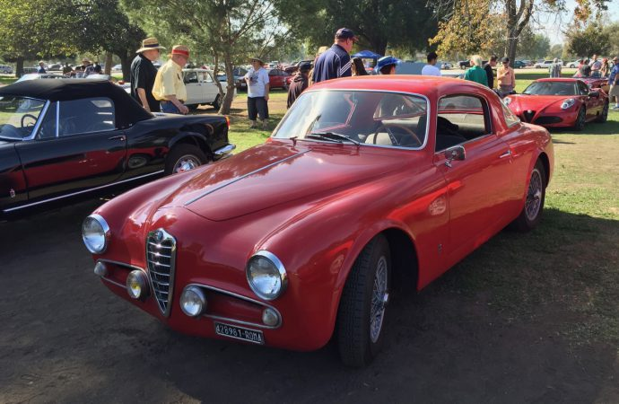 Best of French and Italian car owners endure the dust and heat