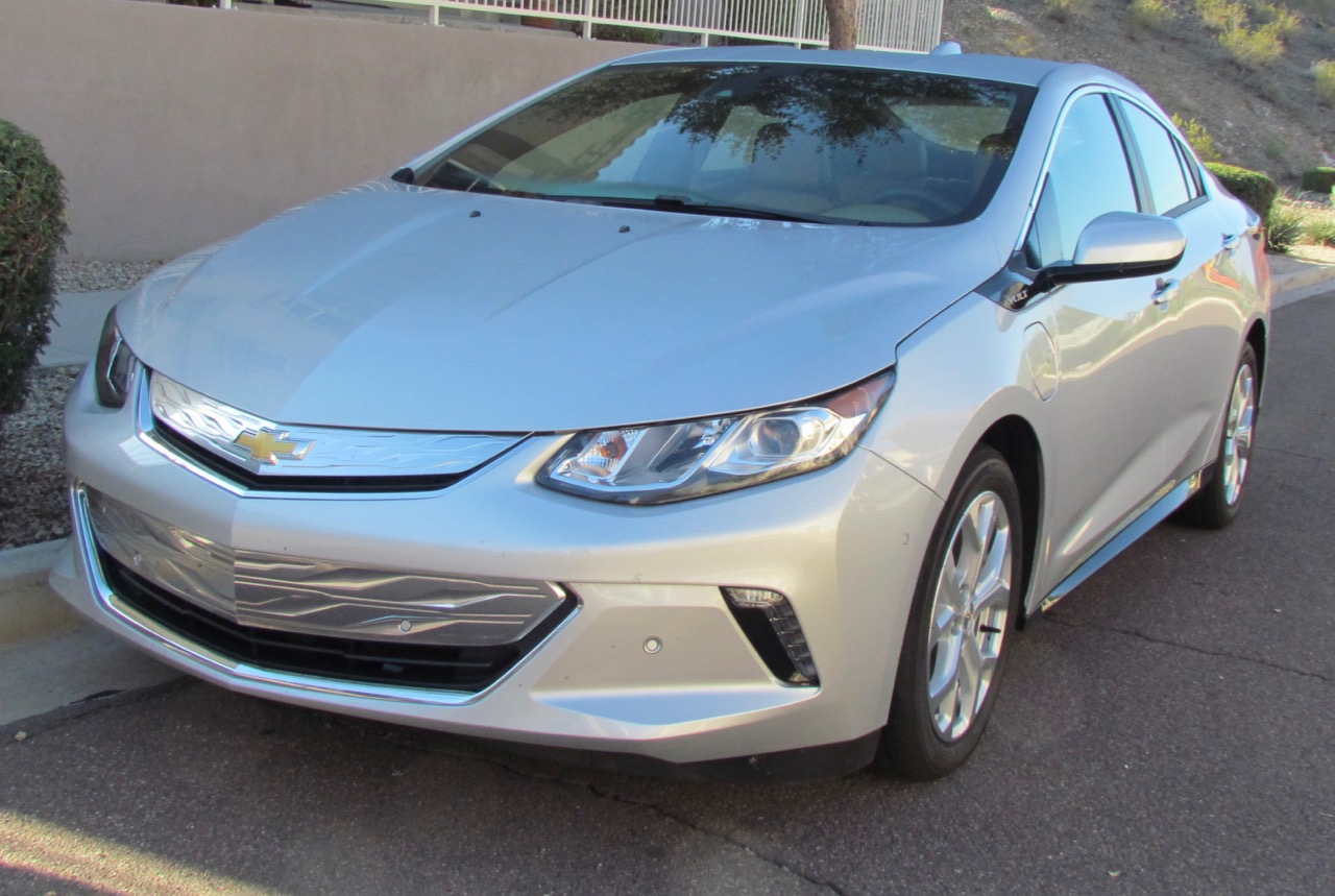 Redesigned Volt mirrors technology inside with aero exterior design   Larry Edsall photos