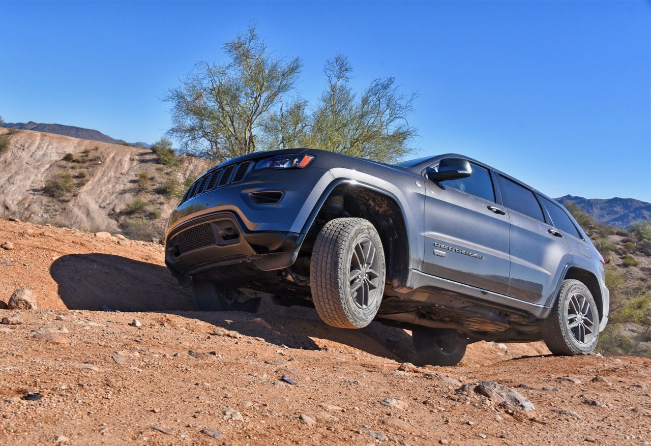 Grand Cherokee does well on or off pavement
