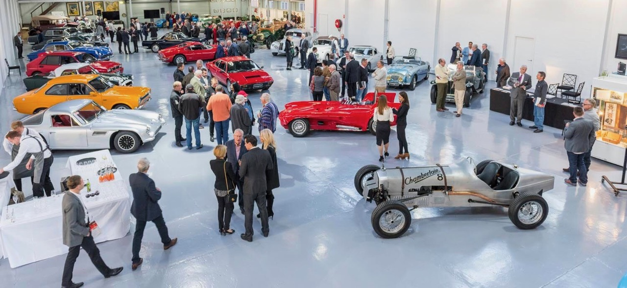 Auction preview draws a crowd