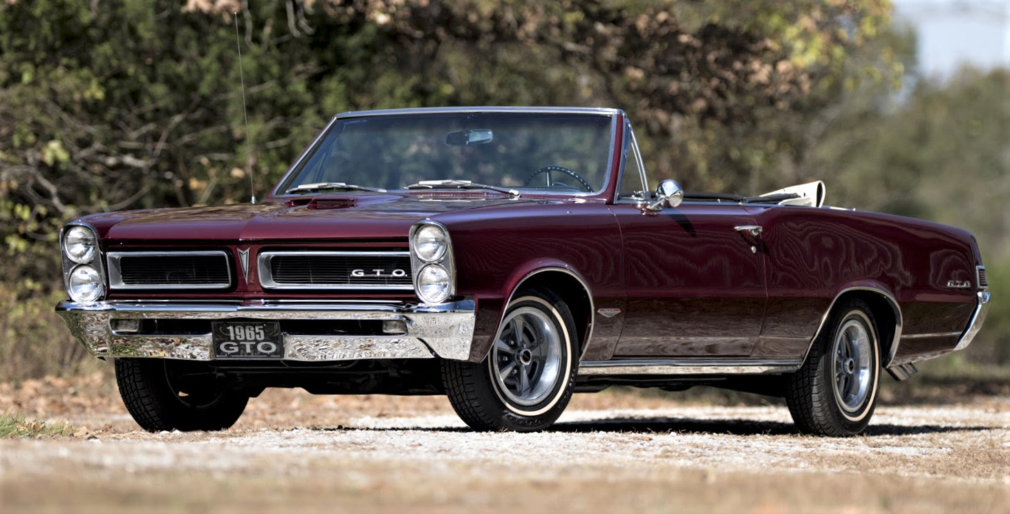 Mecum Auctions winds up year with Kansas City sale - ClassicCars.com ...