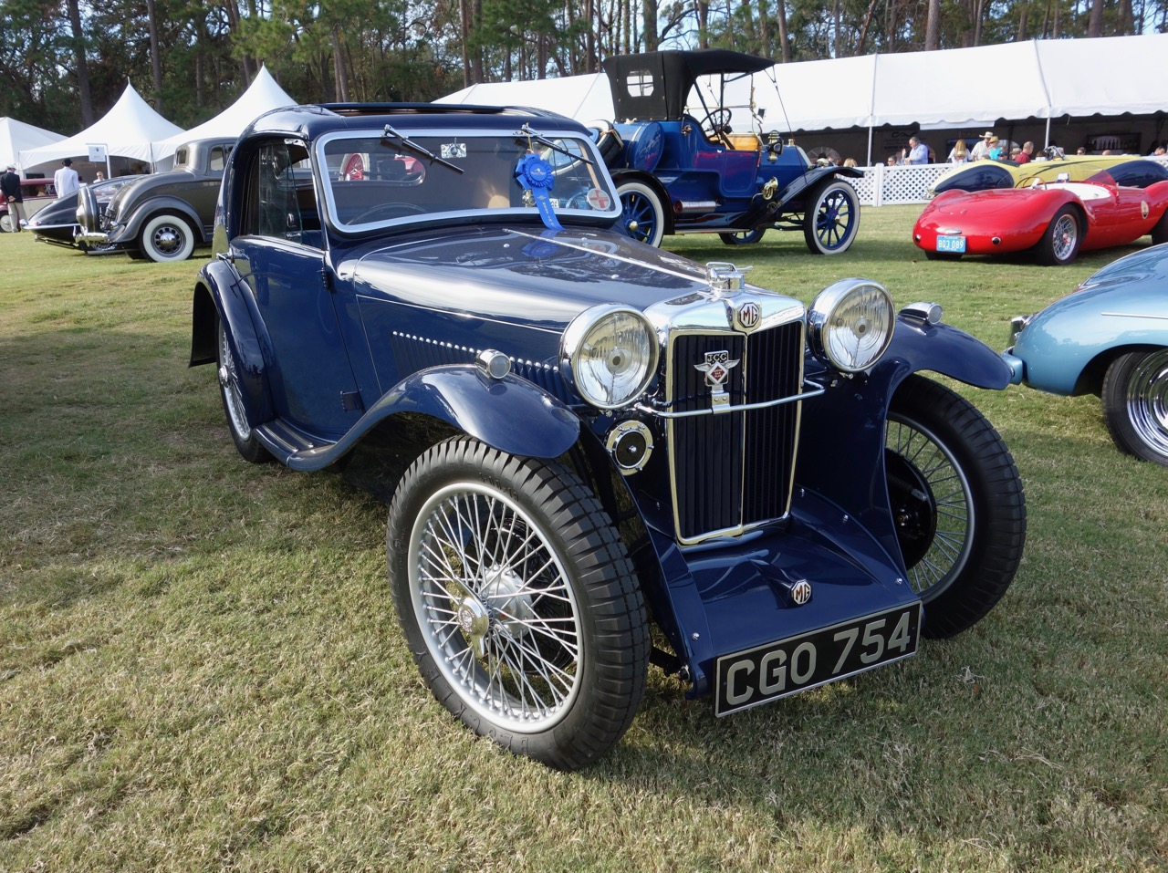 MG Airline Coupe among other class winners