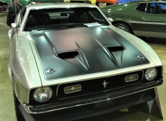 Muscle cars, Corvettes take Chicago by storm