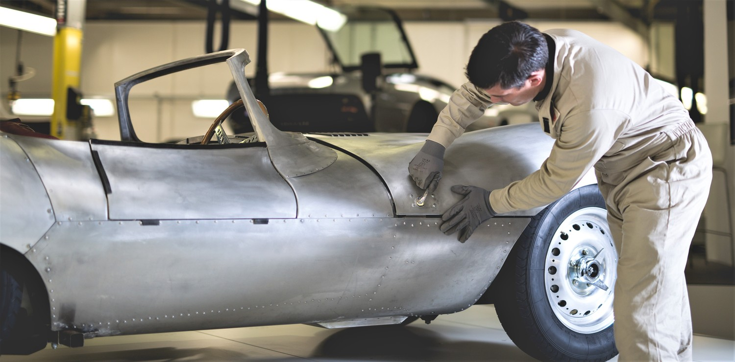 Jaguar XK SS continuation body takes shape | Jaguar photo