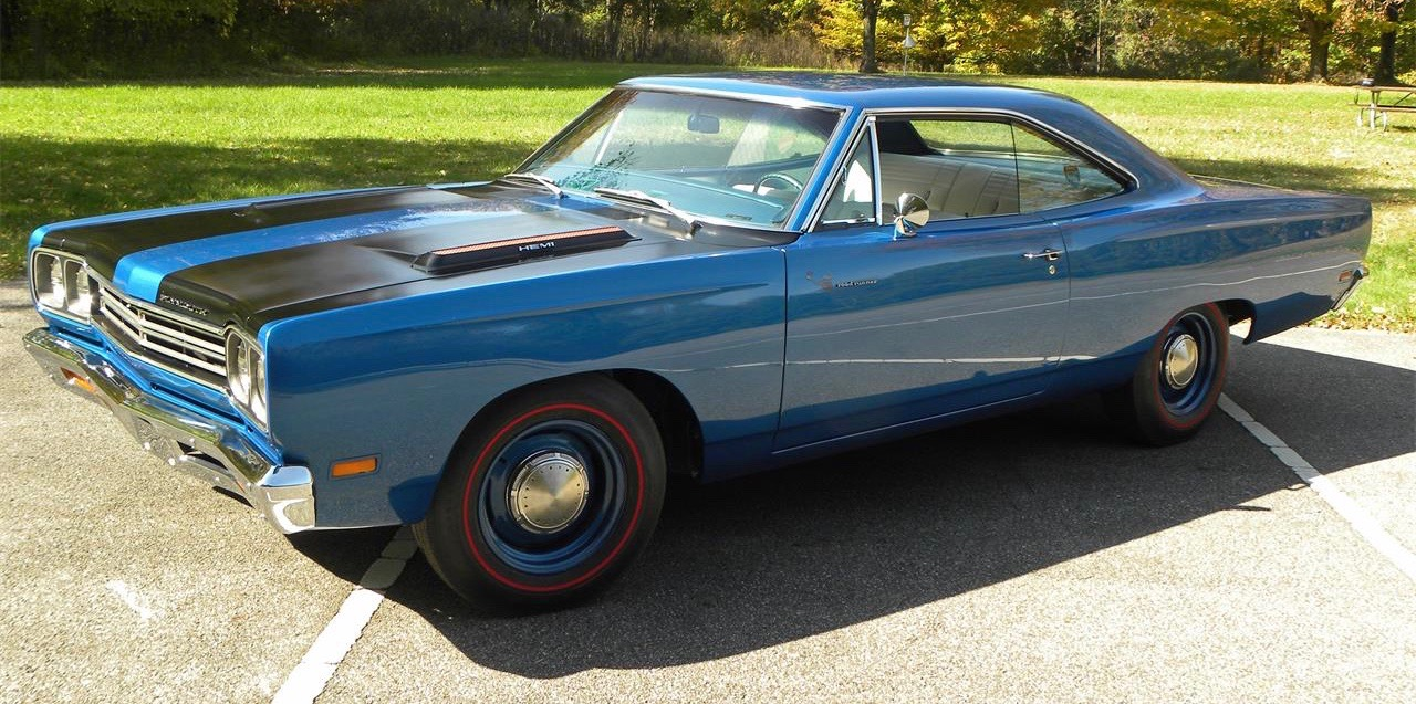 Readers' choice: Muscle cars, such as this Heni-powered 1969 Plymouth Road Runner