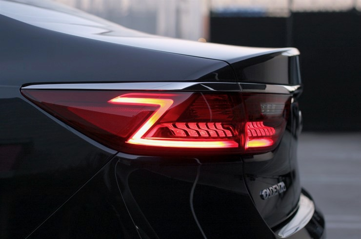 'Z' designed into tail lamps, head lamps, even center console