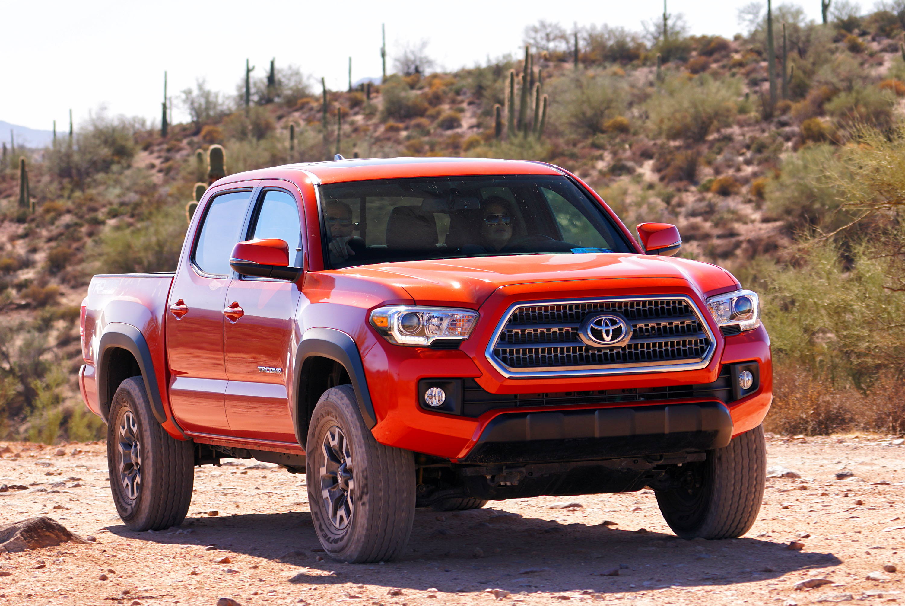 driven 2016 toyota tacoma trd off road 4x4 double cab journal. Black Bedroom Furniture Sets. Home Design Ideas