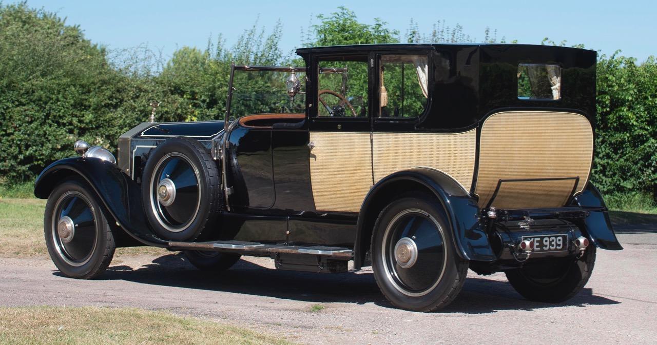 'Phantom of Love' Rolls-Royce brings $708,810 | Bonhams photo