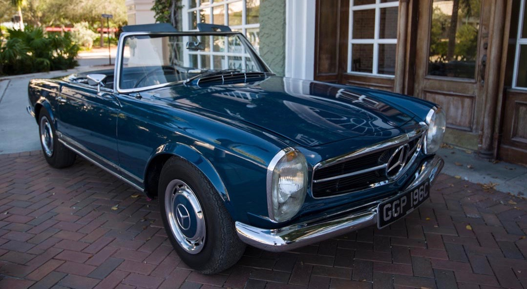 John Lennon specified the order for this 1965 Mercedes-Benz 230SL | Worldwide Auctioneers photos